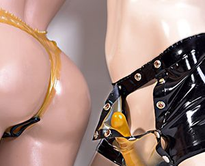 Lingerie et corsages au latex